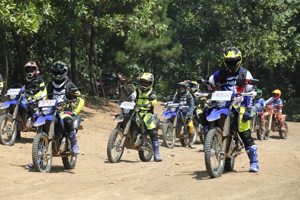 Fun Adventure Touring Merdeka  Yamaha WR 155R di Hambalang Bogor