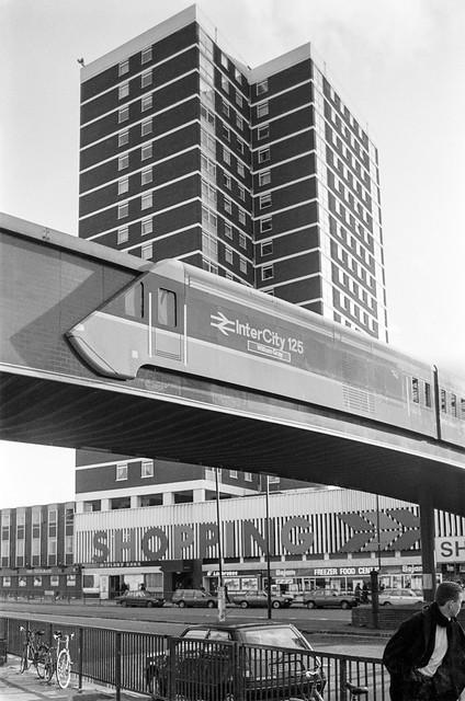 Shepherds Bush Green, Shepherds Bush, Hammersmith & Fulham, 1988 88-1c-56-positive_2400