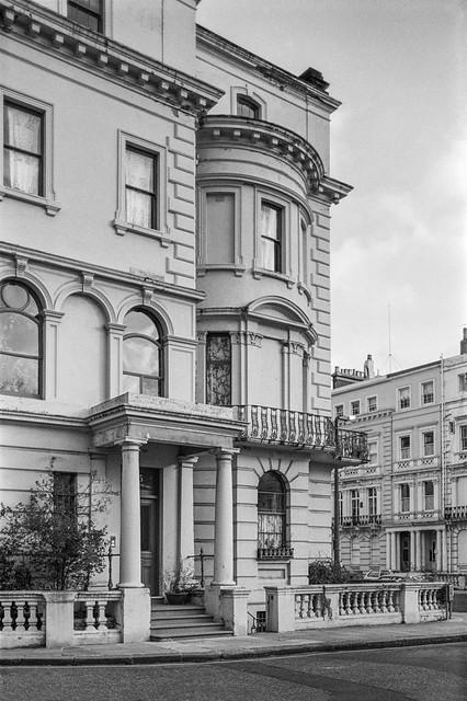 Stanley Crescent, Notting Hill, Kensington & Chelsea, 1988 88-1c-33-positive_2400