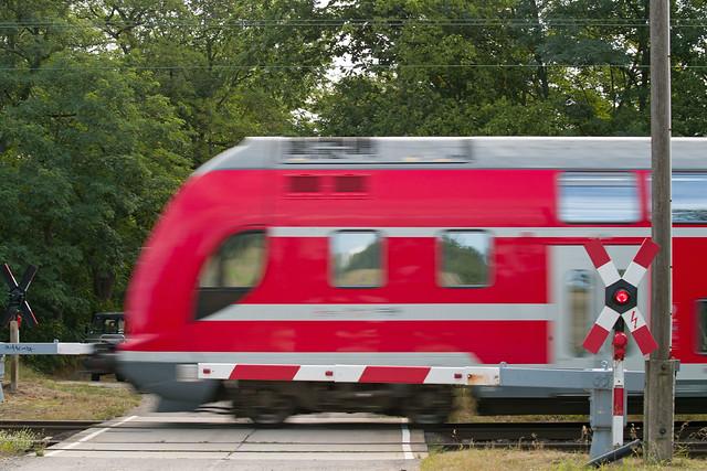 Bahnübergang 4.8.2020 Brandenburg  DB Regionalbahn
