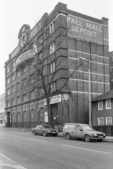 Pall Mall Deposit, Barlby Rd, North Kensington, Kensington & Chelsea, 1988 88-1f-53-positive_2400