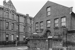 Hewer St,North Kensington, Kensington & Chelsea, 1988 88-1f-25-positive_2400