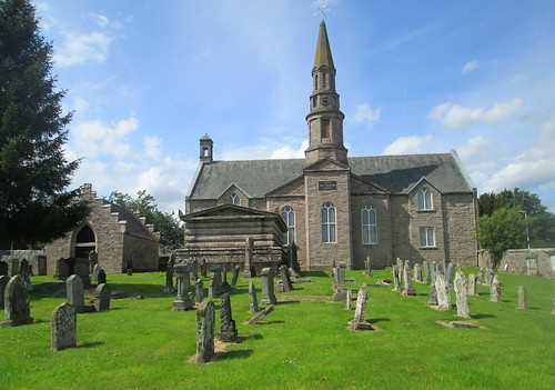 Methven Kirk and Graveyard