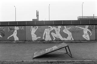 Freston Rd, Westway, Notting Hill, Kensington & Chelsea, 1988 88-1e-32-positive_2400