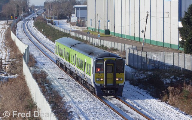 Irish Rail 2607/8 at Knockgriffin.