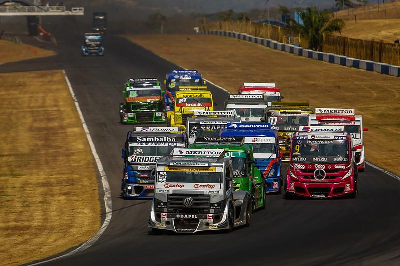 16/08/20 - Paulo Salustiano vence a corrida 2 da 4ª etapa da Copa Truck em Goiânia - Fotos: Duda Bairros e Vanderley Soares