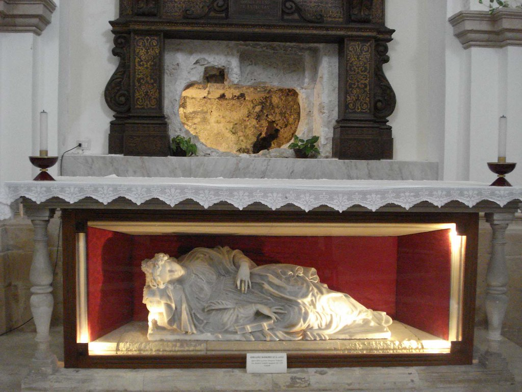 First_tomb_of_St_Lucy
