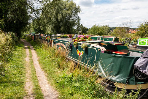 narrowboat canal kennetandavon boat towpath mooring waterway wiltshire greatbedwyn aonb landscape decorated flowers tree