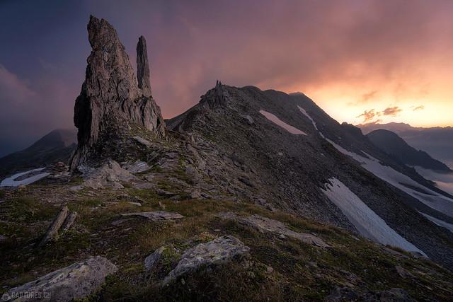 Peak at sunset - Gloggentürmli