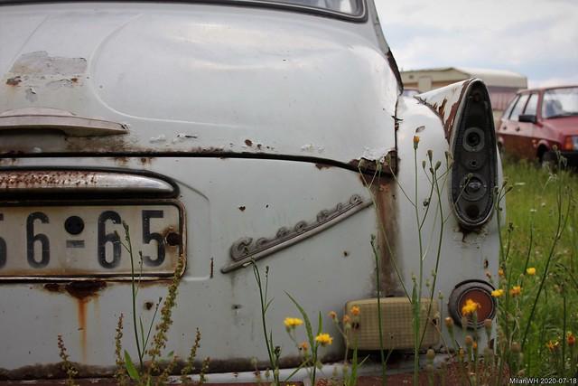 Autovrakoviště: Škoda 985 Octavia