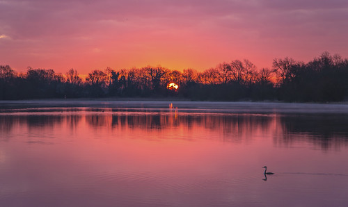 canon6d landscape nature outdoors outside lake water reflection sunrise dawn red uk cambridgeshire