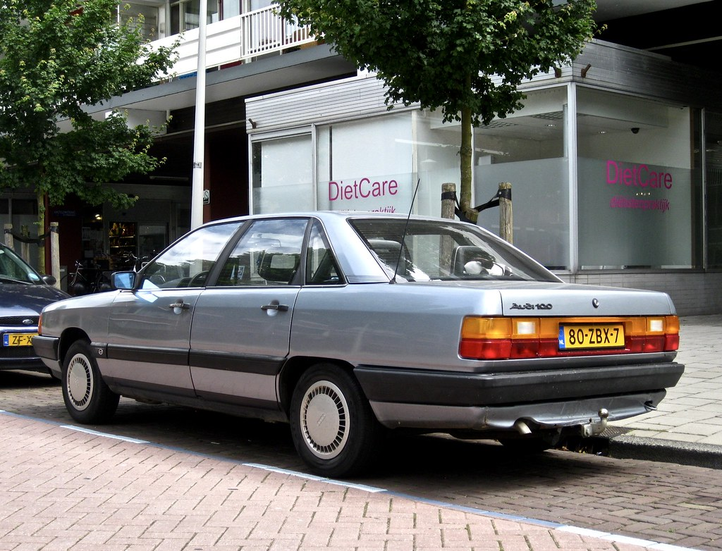 1986 AUDI 100 C3 BerlIne | The C3 saloon has a nice and stri… | Flickr