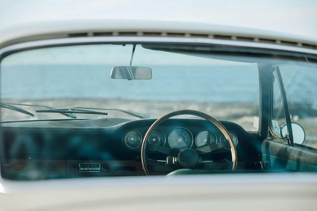 1965-Porsche-911-first-one-imported-to-Australia-6
