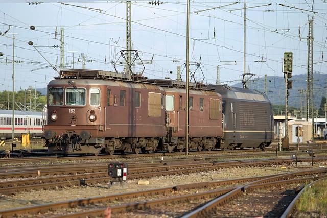 BLS Re 4/4 425 183 + 425 170 + 465 018 Basel Badischer Bahnhof