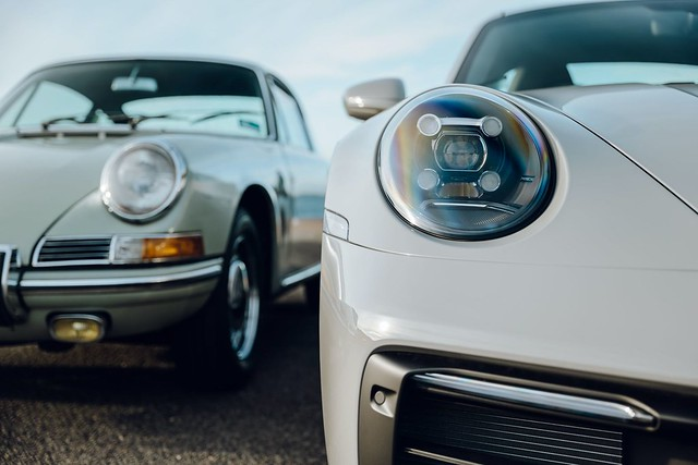 2020-Porsche-Exclusive-Manufaktur-911-Carrera-S-inspired-by-first-911-imported-to-Australia-23