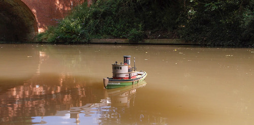 Lindberg Tugboat on the canal.
