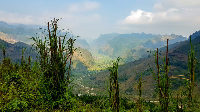 Hazy views along the Hà Giang Loop, Northern Vietnam