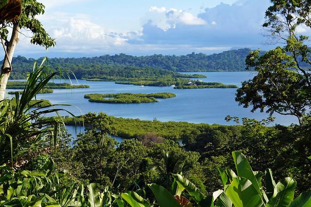Navigation sur le lac Gatún et exploration des petites îles environnantes