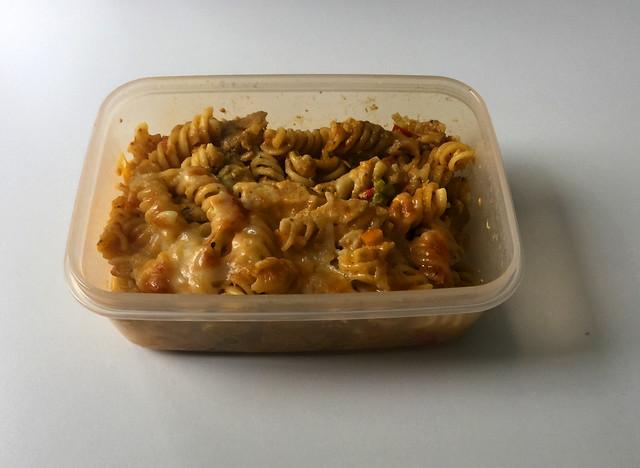 Creamy chicken vegetable pasta bake - Leftovers II / Cremiger Hähnchen-Gemüse-Nudelauflauf  - Resteverbrauch II