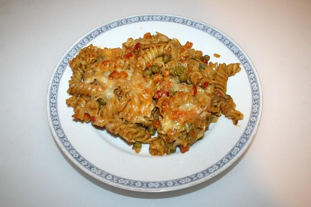 Creamy chicken vegetable pasta bake - Leftovers I / Cremiger Hähnchen-Gemüse-Nudelauflauf  - Resteverbrauch I