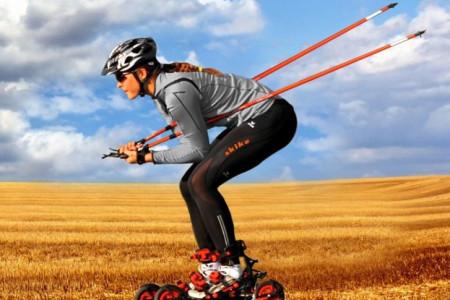 Kolečkové terénní lyže Skike aneb rozmanitým terénem bruslařsky i klasicky