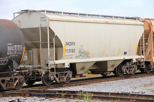 mqrx1131632baycoveredhoppercarmacquarierailinc mqrx1131632baycoveredhoppercar macquarierailinc mqrx113163 2baycoveredhoppercar mqrx 113163 2 bay covered hoppercar therobertwwillafordrailroadmuseum plantcityviewingplatform historicdowntownplantcity plantcity hillsboroughcounty florida usa prout geraldwayneprout canon canoneos60d eos 60d digital dslr camera canonlensef70300mmf456isusm lens ef70300mmf456isusm photographed photography rollingstock rail railway transport equipment hopper car grain transportation railroad tracks hillsborough county stateofflorida