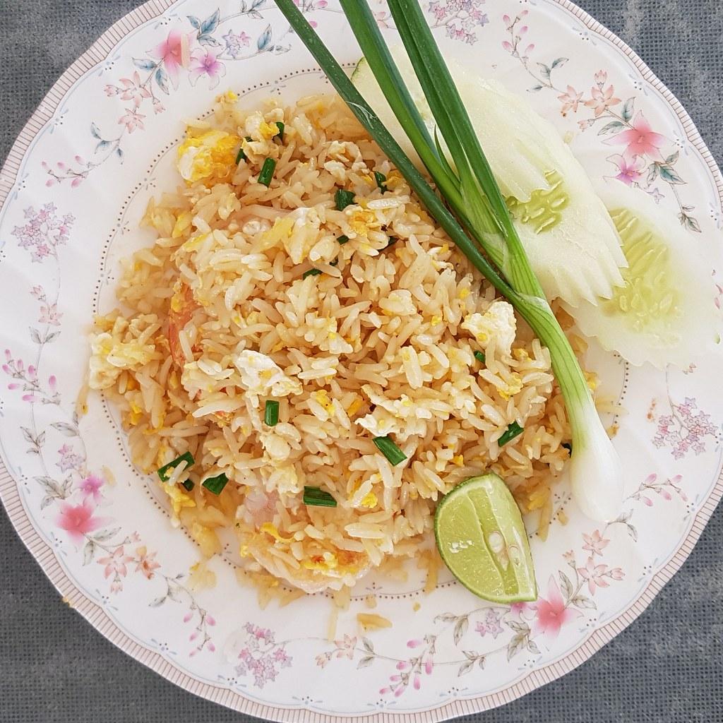 ข้าวผัดกุ้ง - Shrimp fried rice