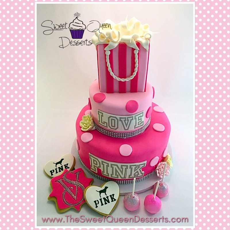 Cake by Sweet Queen Desserts