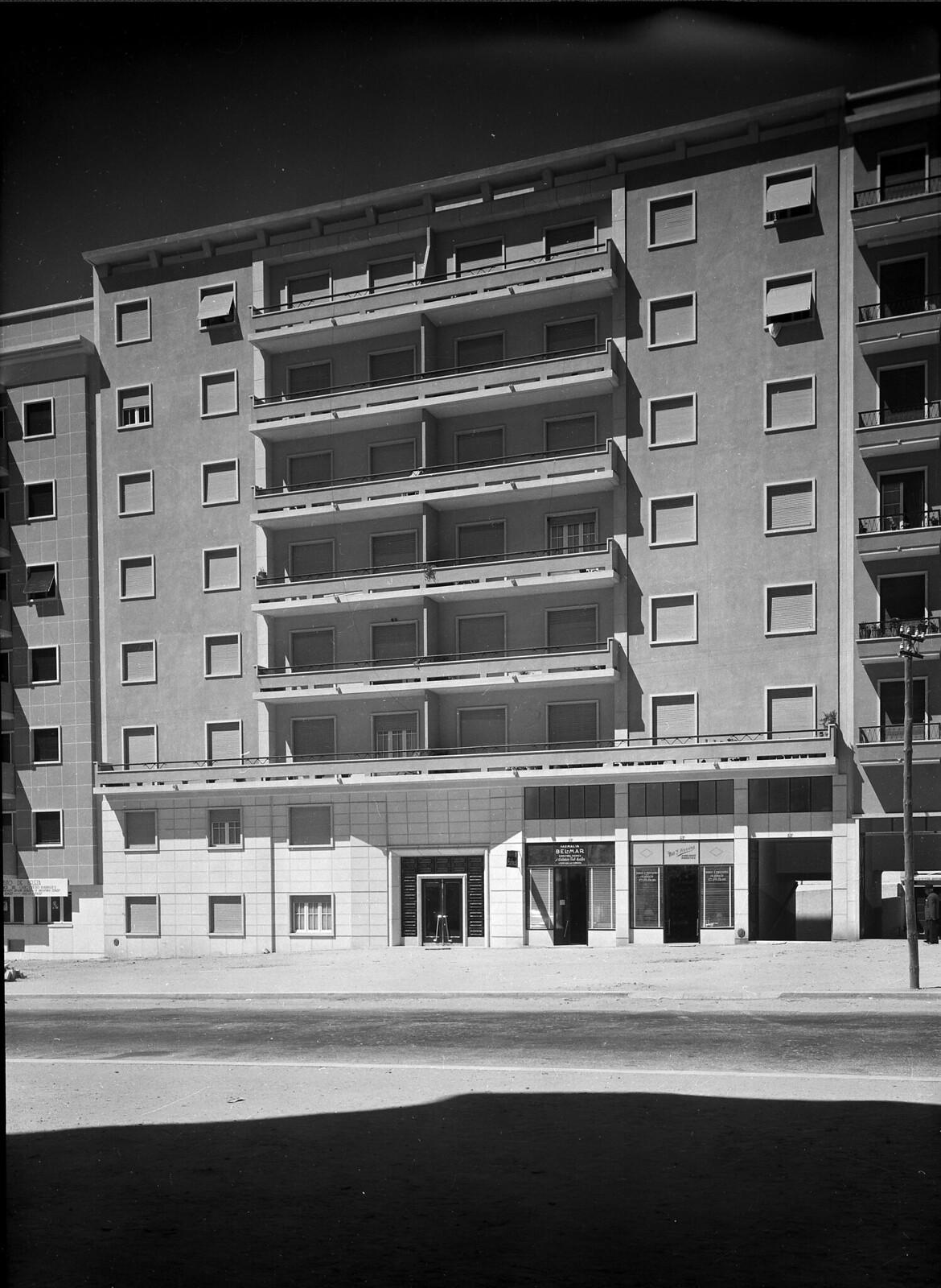 Avenida de Roma, 53, Lisboa (M. Novais, c. 1950)