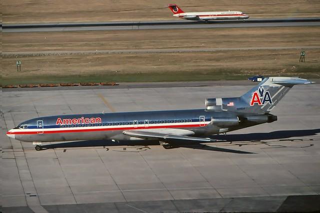 N6804 American 727-223 at CYYZ