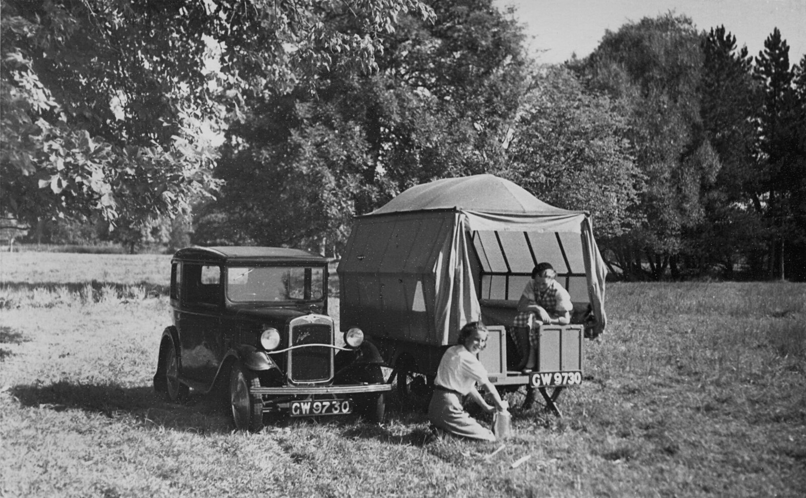1931. Austin 7 с палаткой-трейлером.