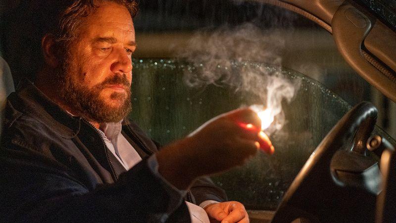 Russell Crowe as Tom Cooper