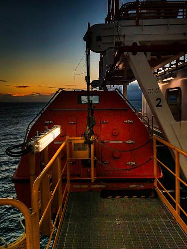 seaman dstylesimages sunset merchantnavy abandonship lifeboat safetyatsea survival