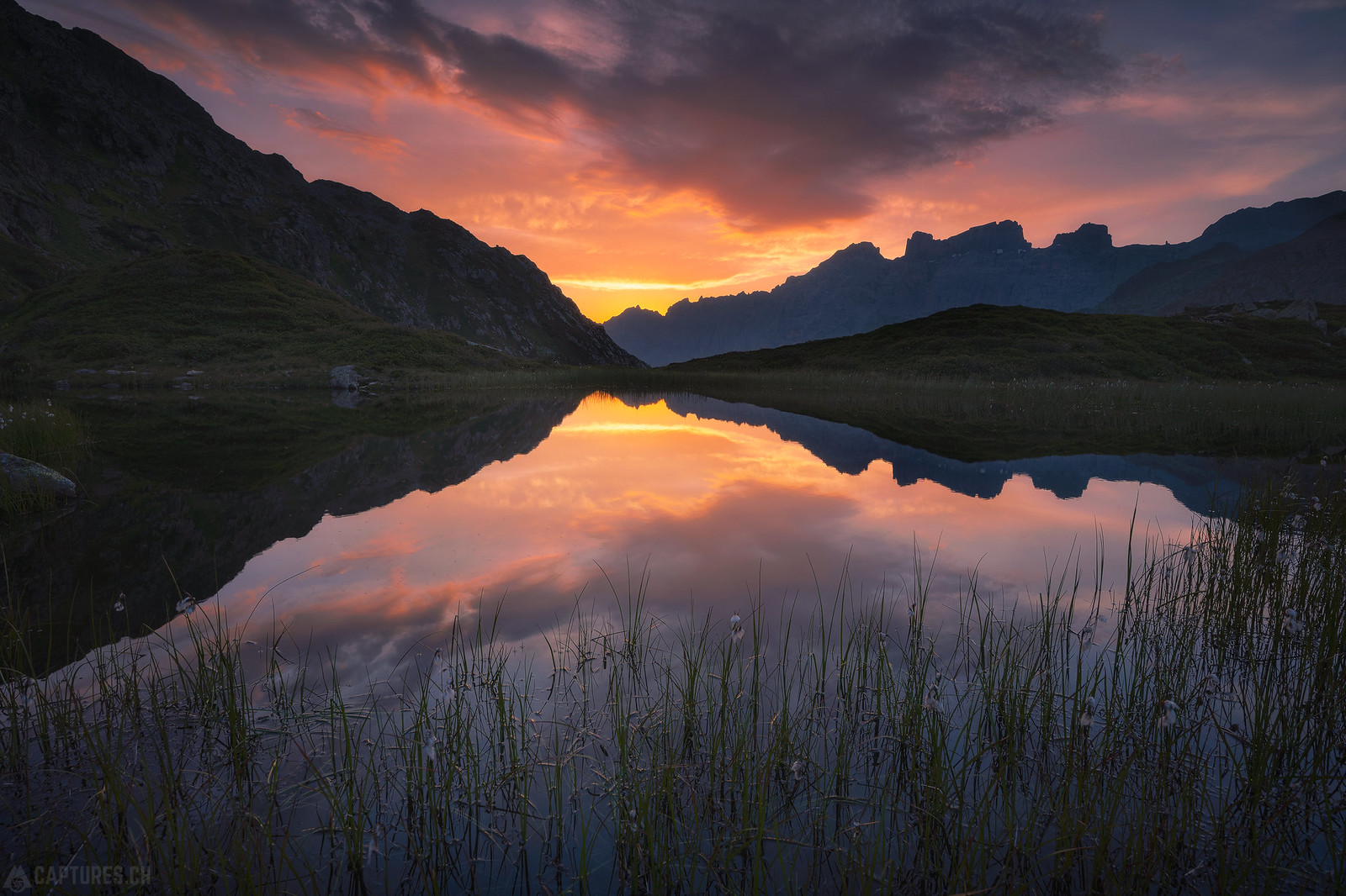 Sunset mood - Sustenpass