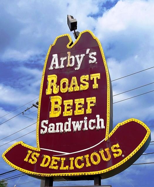 MI, Pontiac-Arby's Big Hat Neon Sign