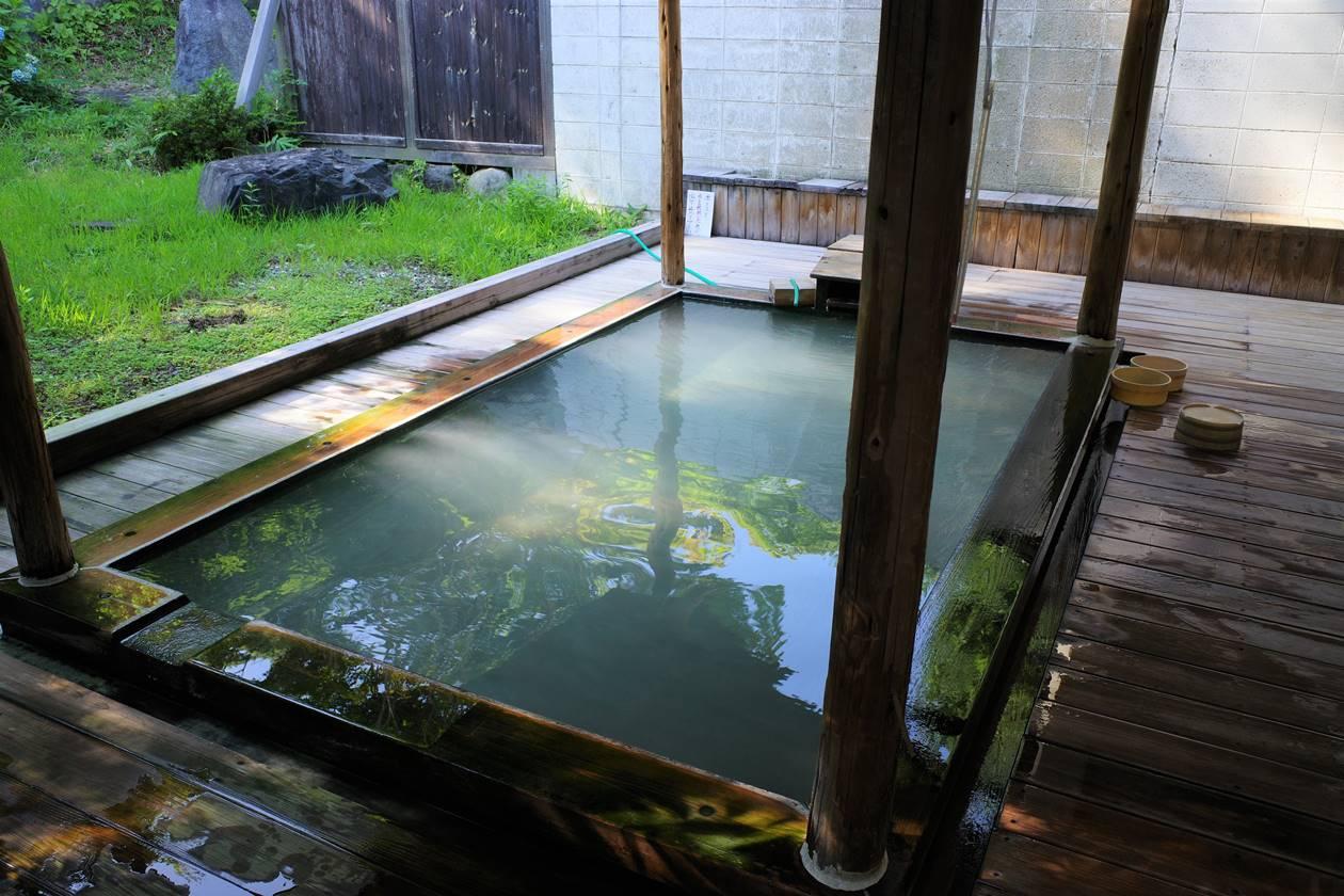 田村屋旅館の露天風呂