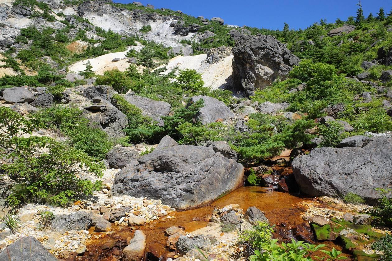 安達太良山・硫黄川の清流