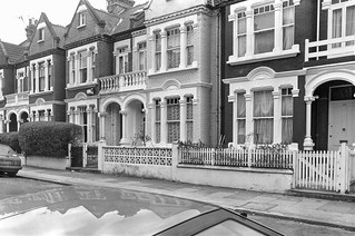 Altenburg Gardens,  Battersea, Wandsworth, 1988 88-2e-32-positive_2400