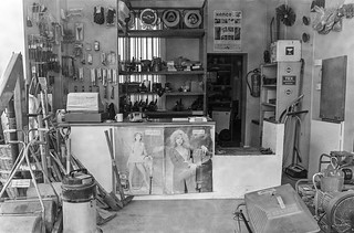 Tool shop, Northcote Rd, Battersea, Wandsworth, 1988 88-2e-63-positive_2400
