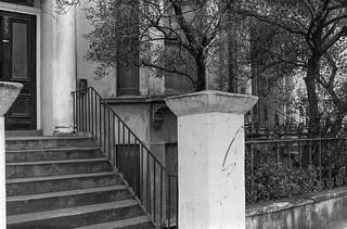 Ladbroke Grove, Notting Hill, Kensington & Chelsea, 1988  88-2c-41-positive_2400