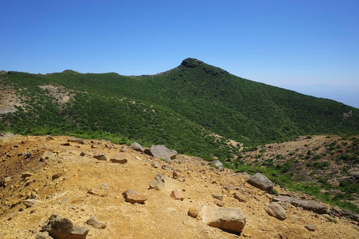 安達太良山の山頂(乳首山)