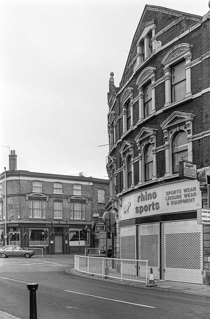 St John's Rd, Battersea Rise, Battersea, Wandsworth, 1988 88-2d-35-positive_2400