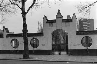 Emslie Horniman's Pleasance, Park, East Row, Kensal Town, Kensington & Chelsea, 1988  88-2c-34-positive_2400