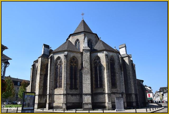 Catedral de Santa María de Olorón (Francia, 27-7-2020)