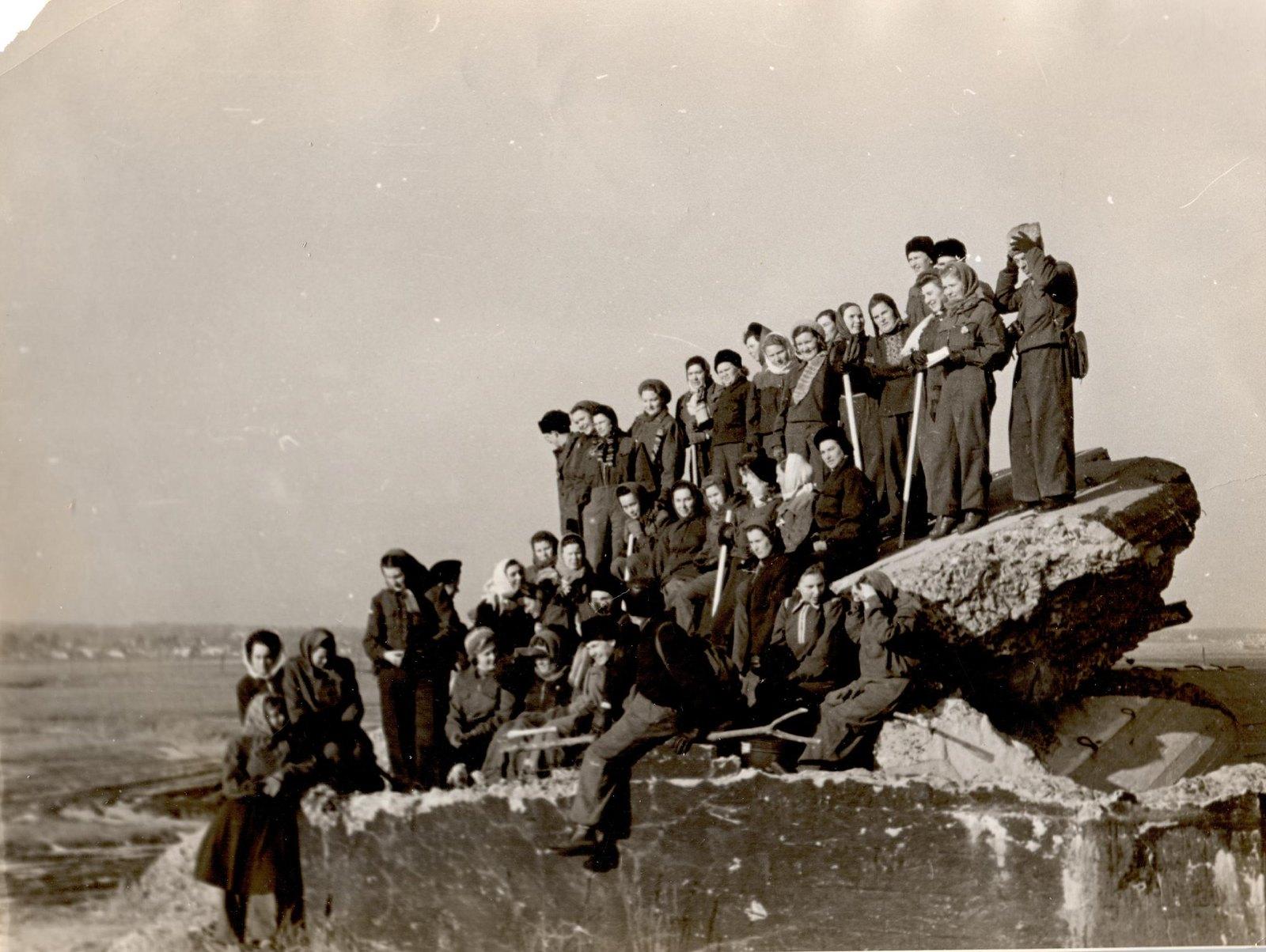 1955. Во время семинара секретарей обкомов комсомола по школам