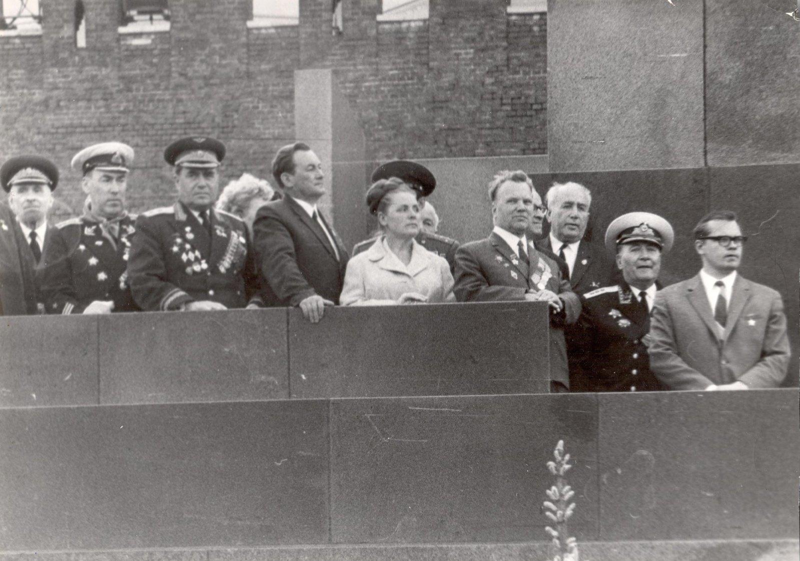 1960. Л.К. Балясная (пятая слева) на трибуне Мавзолея в день рождения пионерской организации. 19 мая