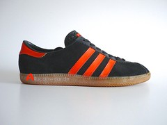 VINTAGE ADIDAS BRUSSEL SPORT SHOES