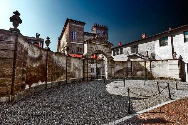 Robecco sul Naviglio - Archinto Palace