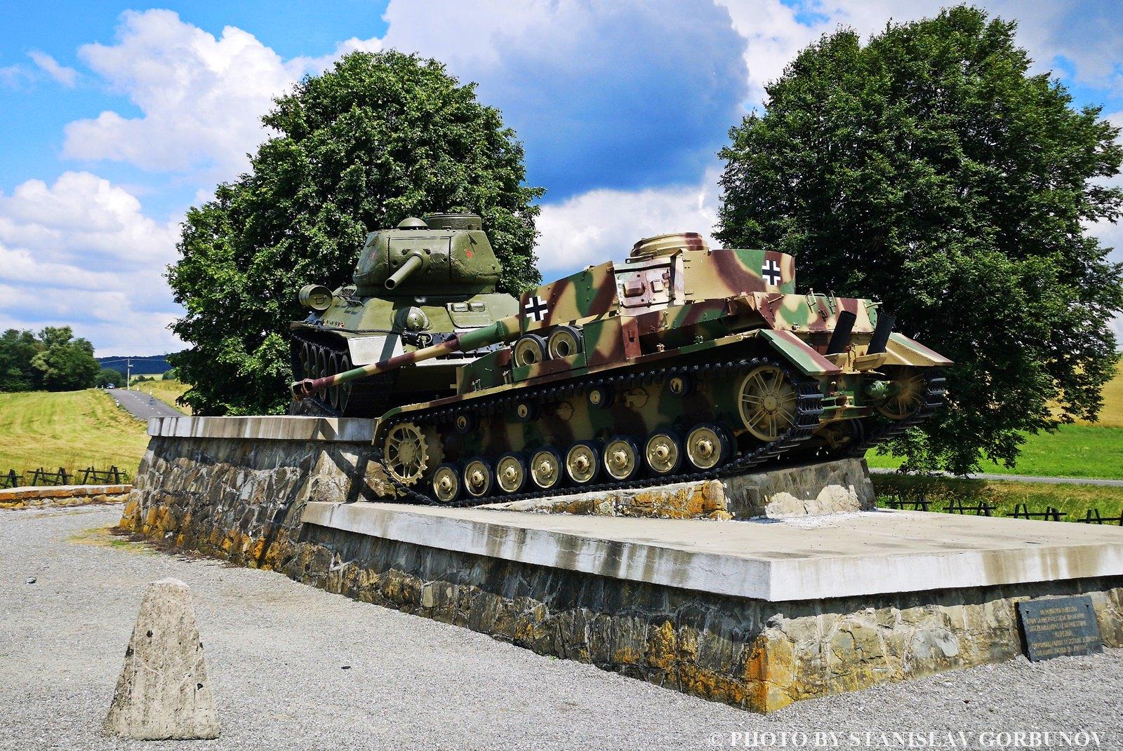 По полям сражений в Словакии или последняя победа нацистской Германии