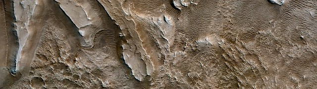 Mars - Candidate Landing Site for 2020 and Sample Return Missions at Jezero Crater